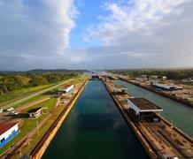 Panama a zlatá Kostarika