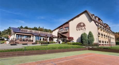 Hotel VEGA - Wellness balíček (2 noci) s polopenzí