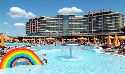 Hotel AQUAWORLD RESORT BUDAPEST - Ubytování s polopenzí