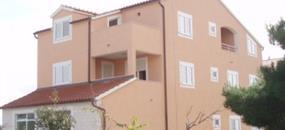 Apartmány MARINA (ex Martina) - Ubytování