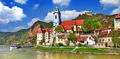 Údolí Wachau z Kremsu do Melku