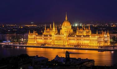 Zimní kouzlo Budapešti s koupáním v termálních lázních Széchenyi + Ostřihom