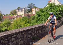 Loira na kole