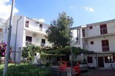 Baška Voda / Apartmánový dům Cvitanović