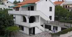 Krk / Apartmánový dům Žarko