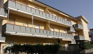 Santa Maria del Cedro / Residence Gandhi
