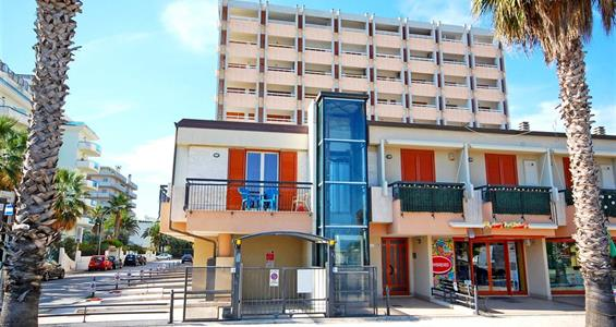 San Benedetto del Tronto / Residence Pierrot
