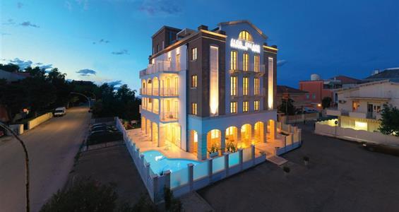 Alba Adriatica / Residence Alba Palace