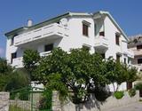 Baška / Apartmánový dům Mohar