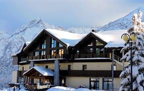 Hotel Adamello, Passo Tonale, Itálie: Lyžařský pobyt 6 nocí