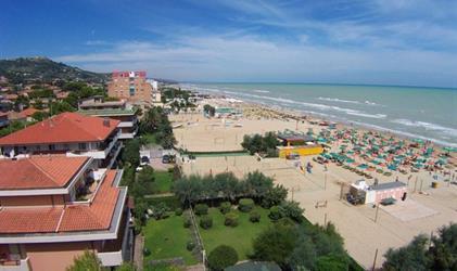 SILVI MARINA - apartmány u moře do 100 m pláž - bus