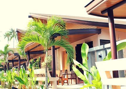Resort Weekender and Spa