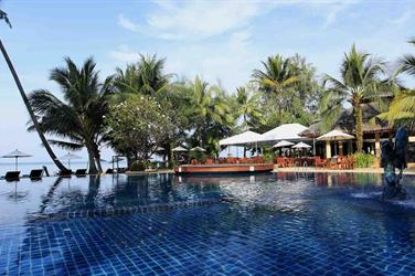 Centara Koh Chang Tropicana Resort a Spa