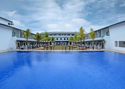Resort Coco Royal Beach