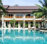 Resort Aloha ***