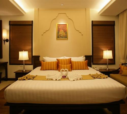 Resort Ravindra Beach Resort & Spa