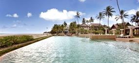 Hotel Apsara Beachfront Resort and Villa