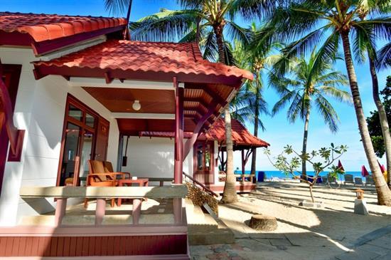 Hotel First Bungalov Beach Resort