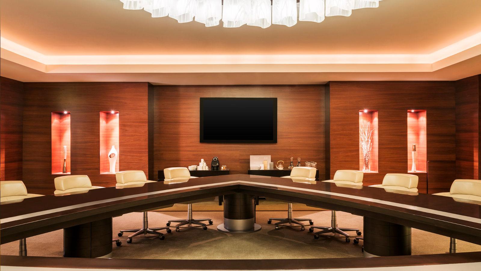 Bezplatná Wi-Fi, pohodlná sedadla a oceňovaná zábava – to vše je součástí zážitku se společností Emirates.