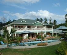 Resort Cerf Island
