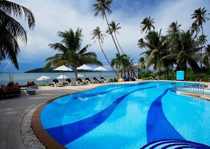 Resort - Coconut Beach Resort