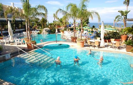 Hotelový komplex Sorriso Thermae Resort & Spa