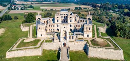 POLSKO - Orlí hrady, Svatokřížské hory a další tajemná místa