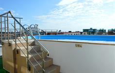 Střešní bazén
