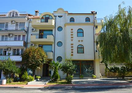 Hotel Sunny House