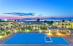 Centrální bazén večer