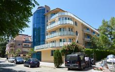 Hotel Elitza z ulice
