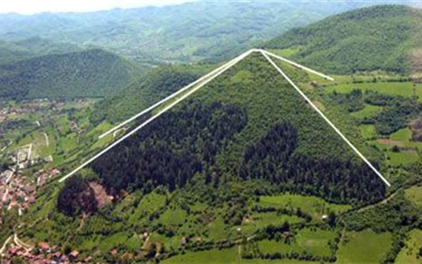 Tajemné PYRAMIDY, Sarajevo, Mostar, Narona, kulturní a přírodní krásy Bosny Hercegoviny a Chorvatska