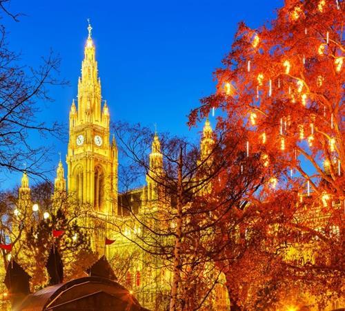 Adventní Vídeň a vánoční trhy 2020 First Moment