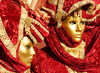 Itálie Benátky karneval 2021 s výlety lodí na ostrovy Murano, Burano Last Minute