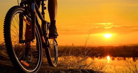 Na kole okolo Menorcy