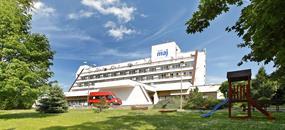 Piešťany - Wellness Hotel Máj, Wellness víkend, 2 nebo 3 noci včetně 3 procedur