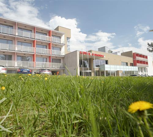 Luhačovice/Pozlovice - Wellness Hotel Pohoda, Putování citrusovým hájem, Sleva 17%