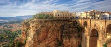 Letní Andalusie – moře (koupání a relax), flamenco, Ronda a býčí farma, Gibraltar, Mijas a Malaga