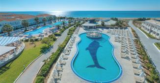 Sandy Beach Resort ****+