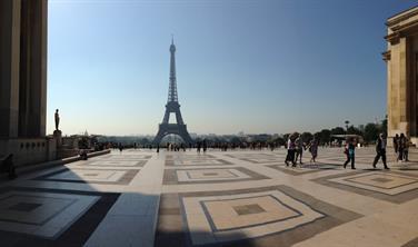 Tajemství Paříže a Versailles