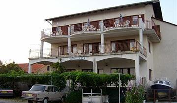 No name apartmány Sv. Petar