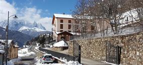 Hotel Casa Alpina (CASA DEL FERIE PAVONIANI) - 5denní lyžařský balíček se skipasem a dopravou v ceně