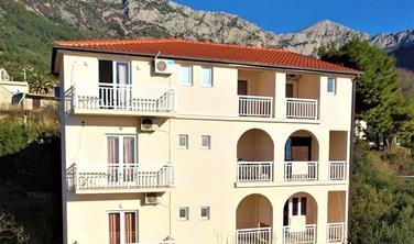 Villa Tina - apartmány s vlastním stravováním