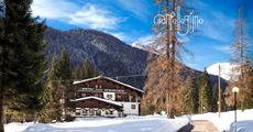Hotel Scoiattolo - 6denní lyžařský balíček se skipasem a dopravou v ceně