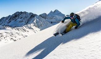 Jednodenní lyžování ledovec Stubai (Pražská linka)
