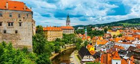 Český Krumlov a zámek Hluboká
