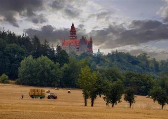 Olomoucko/Litovelsko: Javoříčské jeskyně + hrad Bouzov + Loštice + Olomouc