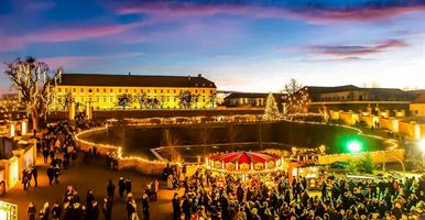 Vánoční zámek Schloss Hof a čokoládovna Hauswirth