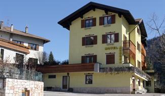 Hotel Aurora - Molveno