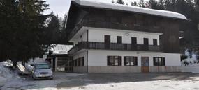 Hotel Casa Alpina – 5denní lyžařský balíček se skipasem a dopravou v ceně